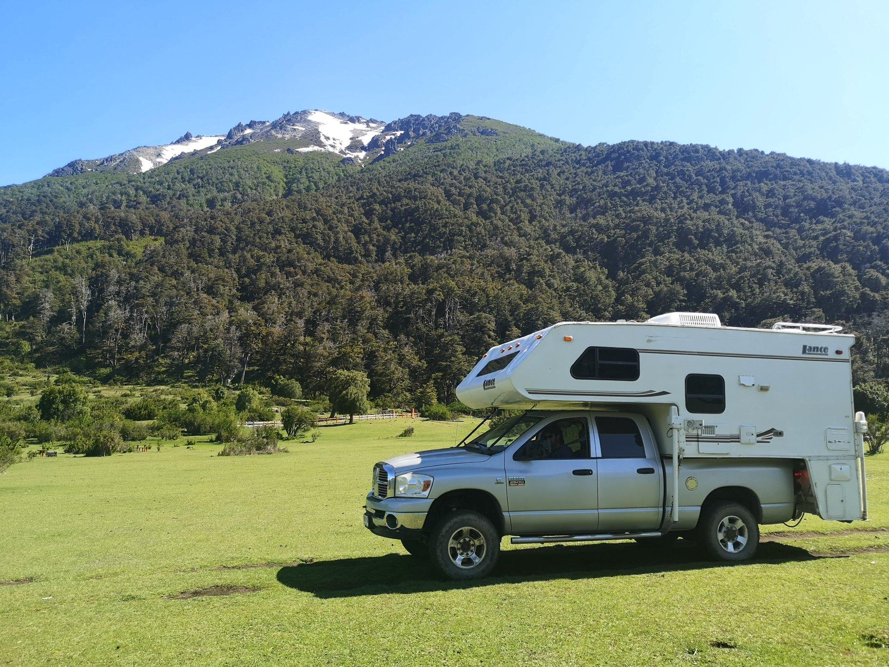 Lance Camper Dodge Ram 2500